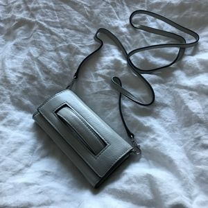 NWT Henri Bendel Gray Leather Smartphone Crossbody